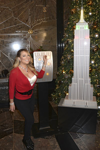 06.12.2016<br>Empire State Building Lighting Ceremony mit Mariah Carey in New York